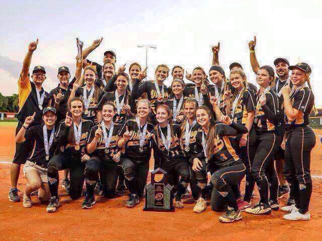 Girls Softball Wins State Title