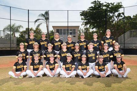 Varsity Baseball Team Photo_0.jpg